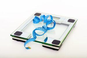Vægt med målebånd